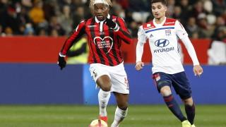Ница победи Лион с два гола на Каспер Долберг