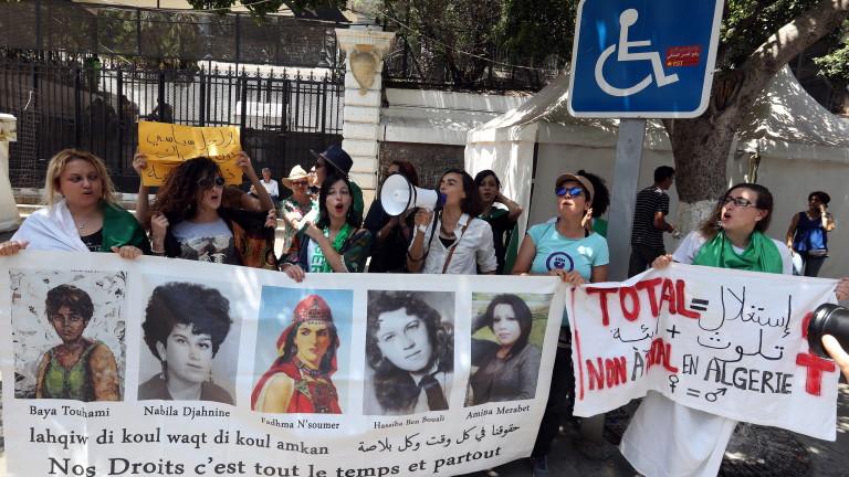 Десетки хиляди алжирци участваха в протестите, провели се в петък