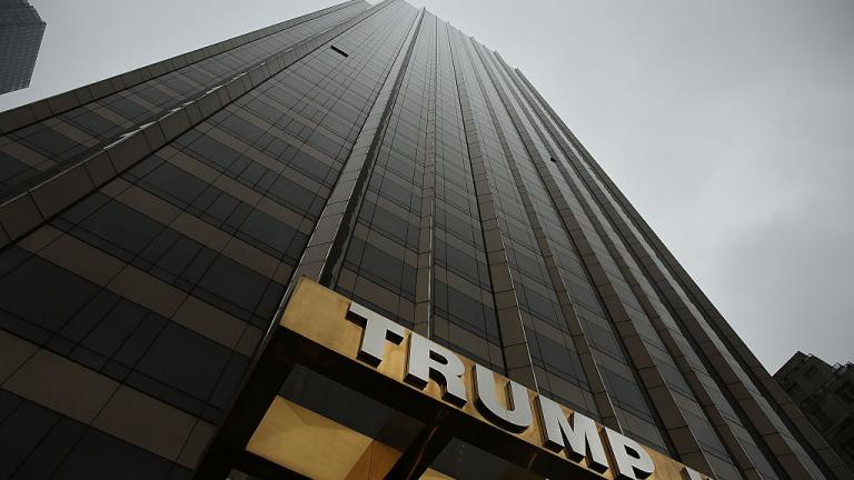 Синовете на Тръмп искат да управляват нови 100 хотела