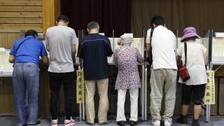 Управляващите в Япония печелят изборите за горната камара на парламента