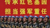 Китай изважда големите оръжия на рождения си ден