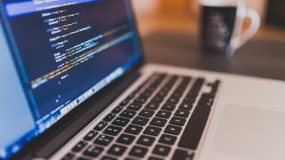 Оборотът в ИТ и комуникационния сектор е надхвърлил 5,5 милиарда лева през...