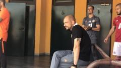 Футболистите на ЦСКА не искат Нестор ел Маестро!