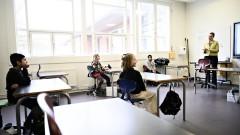 Първа в Европа: Дания започна постепенно да отваря училищата
