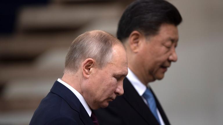 Си Дзинпин иска с Путин да се противопоставят на политизирането на пандемията