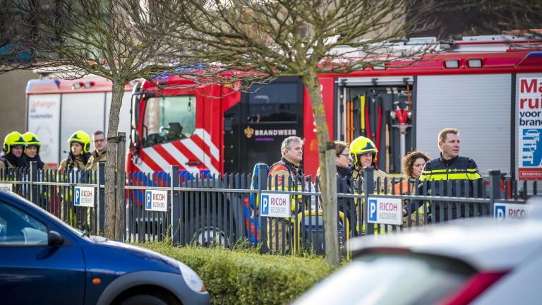 Предполагаеми писма бомби избухнаха в два пощенски офиса в Холандия