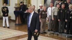 Помпео отрича да е писал скандалната статия за Тръмп