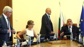 Всяко разклащане в държавата - рай за контрабандата, размишлява Борисов
