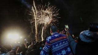 """Момче с ампутиран пръст след """"военното положение"""" по Нова година в София"""