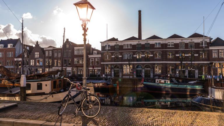 Ротердам скоро ще има своя първи пешеходен мост, отпечатан на