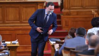 Даниел Митов: ДБ се държат политически незряло