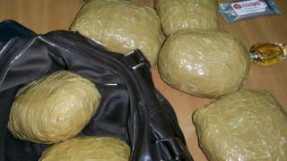 Антимафиоти разбиха канал за внос на хероин