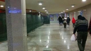 """Покривът на метростанция """"НДК"""" пак протече"""