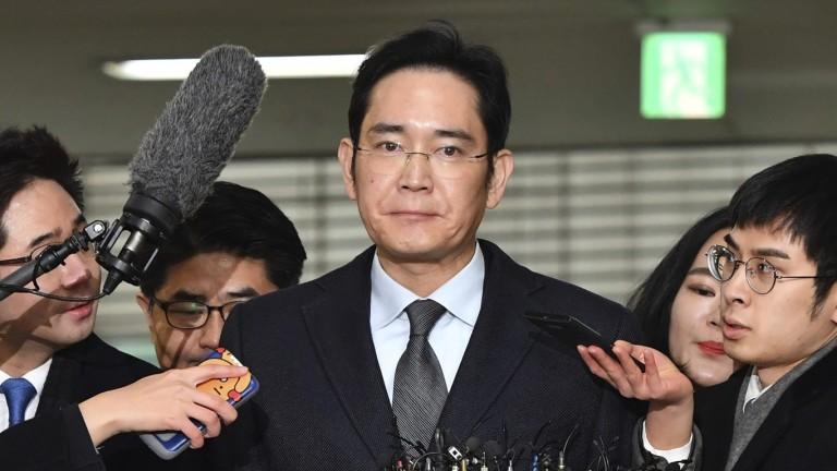 Освободиха от затвора наследника на империята Samsung