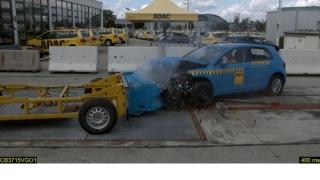 Нов тест за сигурност: Honda Civic oтличник, VW Golf се дъни