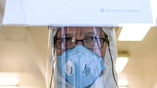Светът отбеляза рекорд от 15 732 смъртни случаи от COVID-19 за 24 часа