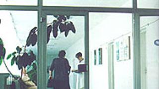 Спешни оздравителни планове от задлъжнели болници иска МЗ