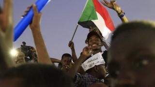Военни и опозиция в Судан си протягат ръка
