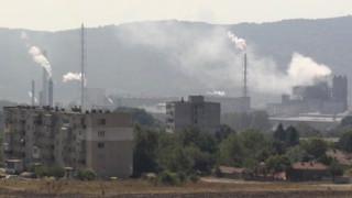 Миризма на амоняк стресна гражданите на Девня