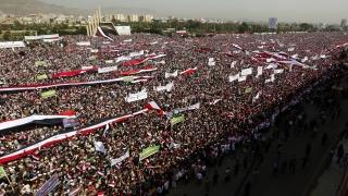 Десетки хиляди на митинг в подкрепа на хутите в Йемен