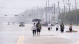 30 000 души в Хюстън се нуждаят от подслон
