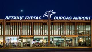 150 българи пристигат в Бургас със самолет от Англия