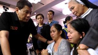 37 души загинаха при пожар във филипински мол
