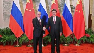 Си Дзинпин и Путин разговарят в Китай на фона на напрежението със САЩ
