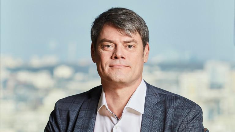 От първи март 2021 г. Андраш Пали заема поста главен