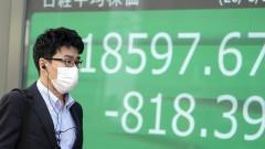 Коронавирусът опустошава световните финансови пазари