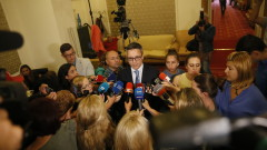 БСП настоява да спрат импровизациите във външната ни политика