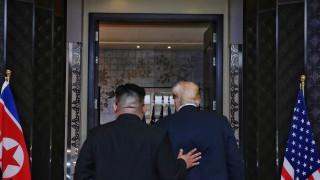 Китай обяви за историческа срещата между Тръмп и Ким