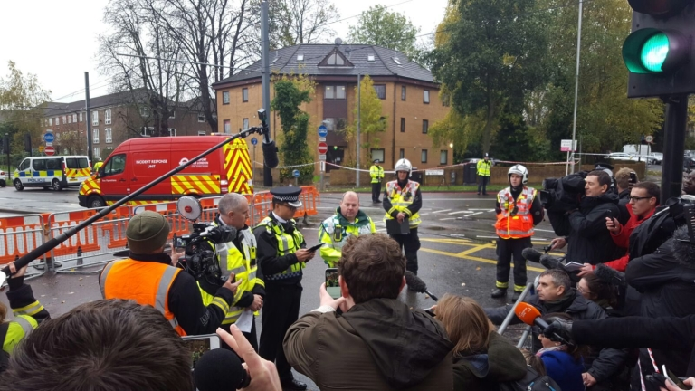 Превишена скорост причинила катастрофата на трамвая в Лондон преди седмица