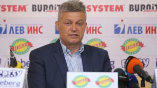 Петър Петров: Недоумявам думите на Гергинов, потомствен левскар съм