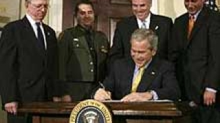 Буш подписа закона за оградата с Мексико