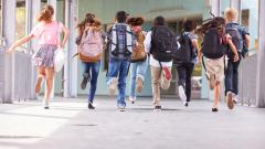 Започва кампанията за прием на първокласници в София
