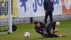 Левски и ЦСКА следят национален вратар