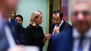 Иран все още не бил нарушил значително ядреното споразумение, убеден ЕС