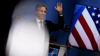 Блинкън: Няма да принуждаваме съюзници да избират между САЩ и Китай