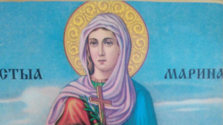 Стотици посрещнаха мощите на Св. Марина тази вечер в Пловдив
