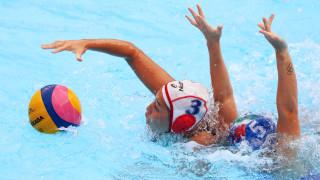 Интересни развръзки във втория ден на дамското Световно първенство по водна топка