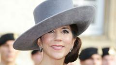 """Принцесата на Дания е с """"едни гърди"""" напред"""