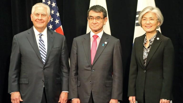 Япония предупреди по време на международната среща за Северна Корея