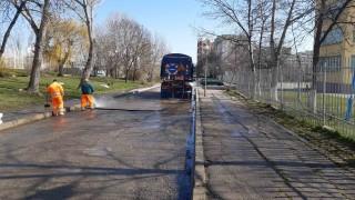 Подновиха дезинфекцията на улиците и кварталите в София