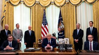"""Тръмп обяви """"голям пробив"""" в нормализацията на отношенията между Сърбия и Косово"""