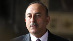 Няма да се бием с Русия, Сирия или САЩ, уверява Турция