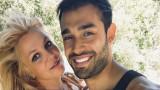 Бритни Спиърс, Сам Асгари и новината за годежа им