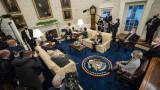 Байдън и републиканците продължават преговорите за стимулите, но различията се запазват