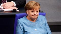 Меркел промени решението си, може и да пътува за Русия