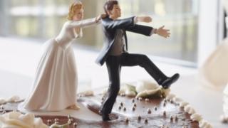 Филипините с крачка към узаконяване на разводите